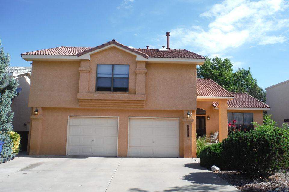 7915 Eagle Rock Avenue NE, Albuquerque, NM 87122