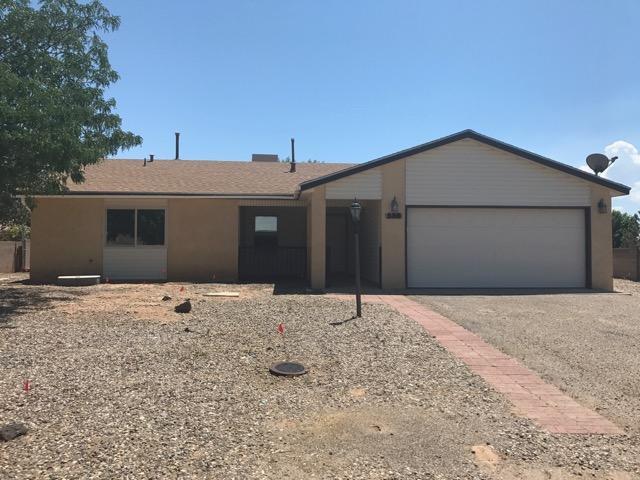 538 Apache Loop SW, Rio Rancho, NM 87124