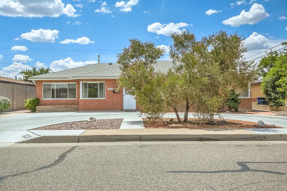 1807 Valencia Drive NE, Albuquerque, NM 87110