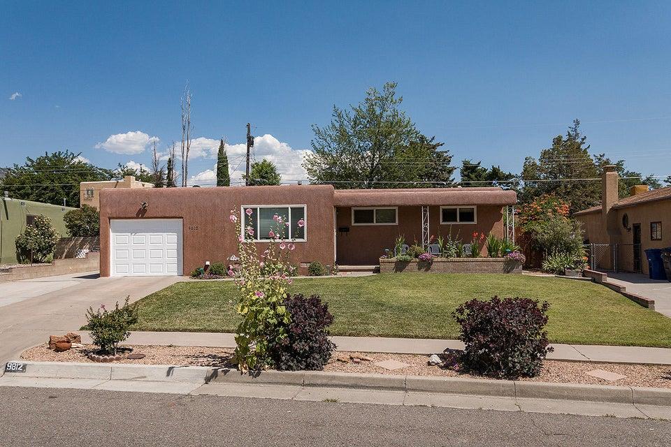 9812 Arvilla Avenue NE, Albuquerque, NM 87111