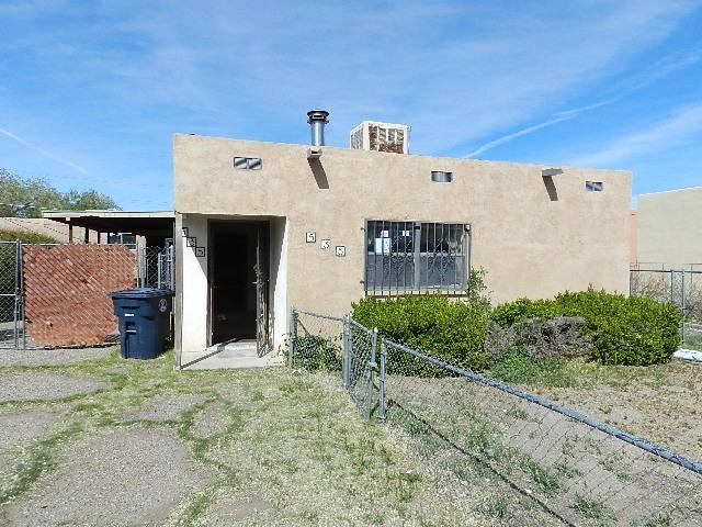 535 Vermont Street NE, Albuquerque, NM 87108