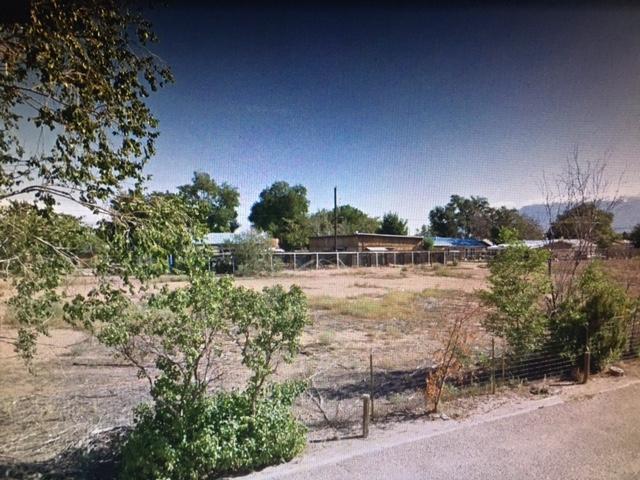 603-605 NW Camino Espanol Road NW, Albuquerque, NM 87107