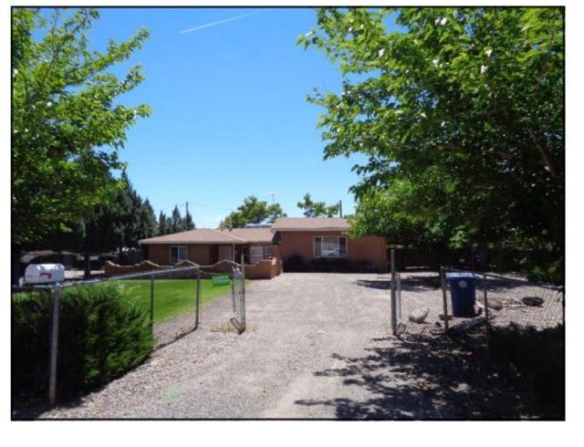 2828 Los Anayas Road NW, Albuquerque, NM 87104