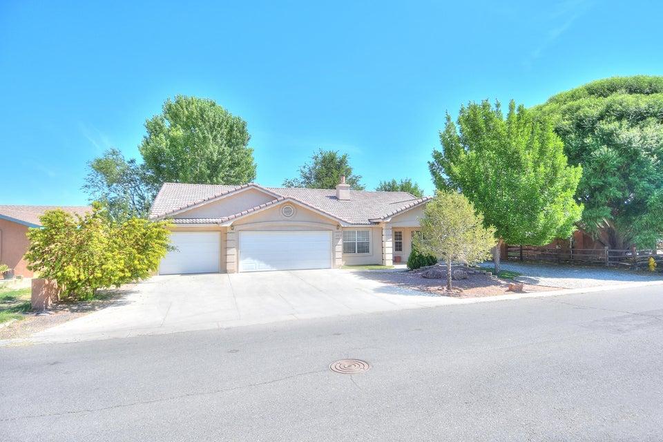 3413 Bareback Place SW, Albuquerque, NM 87105