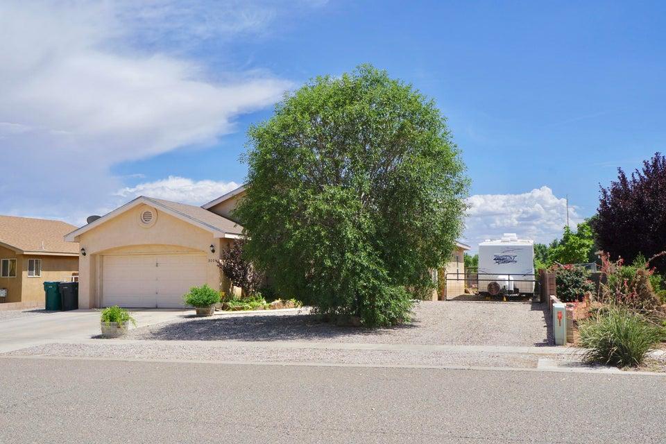 3004 Dona Teresa Place SW, Albuquerque, NM 87121
