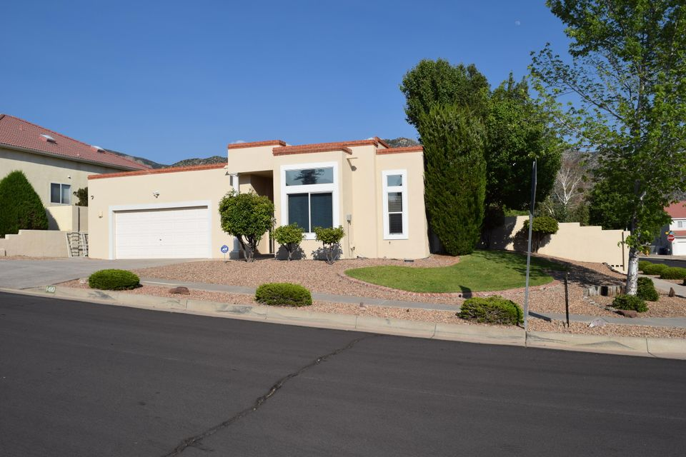 1410 Narcisco Street NE, Albuquerque, NM 87112