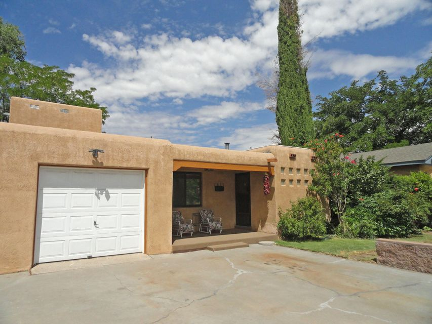 1617 Rita Drive NE, Albuquerque, NM 87106