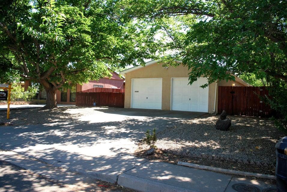 412 NE Erbbe Street NE, Albuquerque, NM 87123