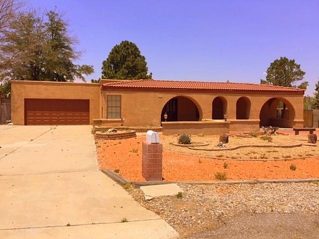 9944 Radcliffe Road NW, Albuquerque, NM 87114
