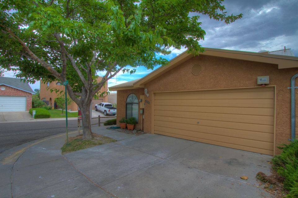 7901 Wren Lane NE, Albuquerque, NM 87109