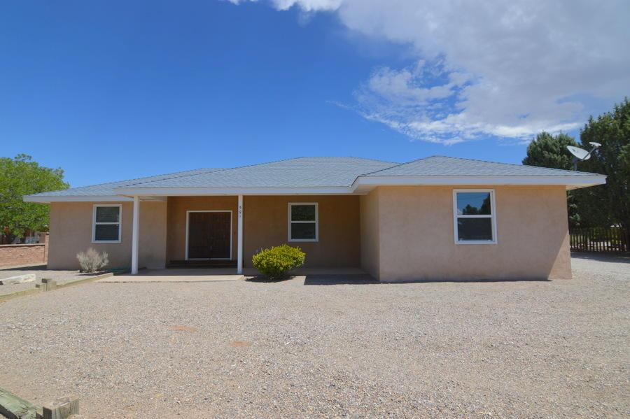 591 El Pueblo Road NW, Los Ranchos, NM 87114
