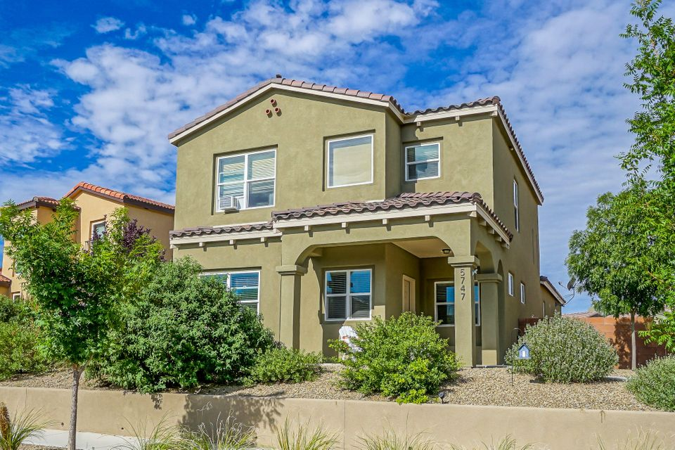 5747 Witkin Street SE, Albuquerque, NM 87105