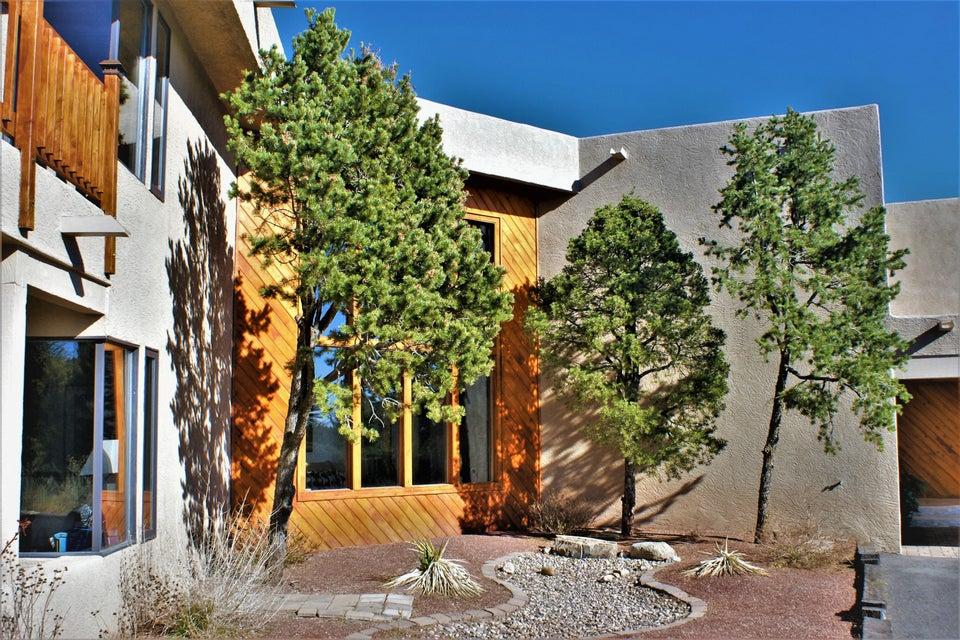 San Rafael Avenue NE, Albuquerque, NM 87122