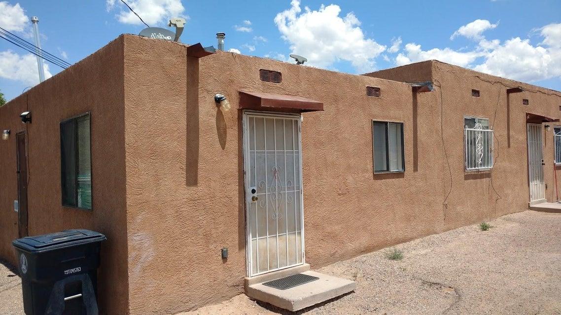 2009 High Street SE, Albuquerque, NM 87102