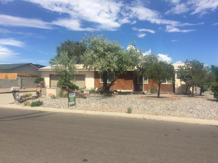 610 Ivory Road SE, Rio Rancho, NM 87124