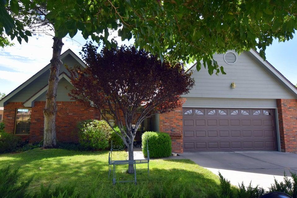 3220 Vista Del Sur Street NW, Albuquerque, NM 87120