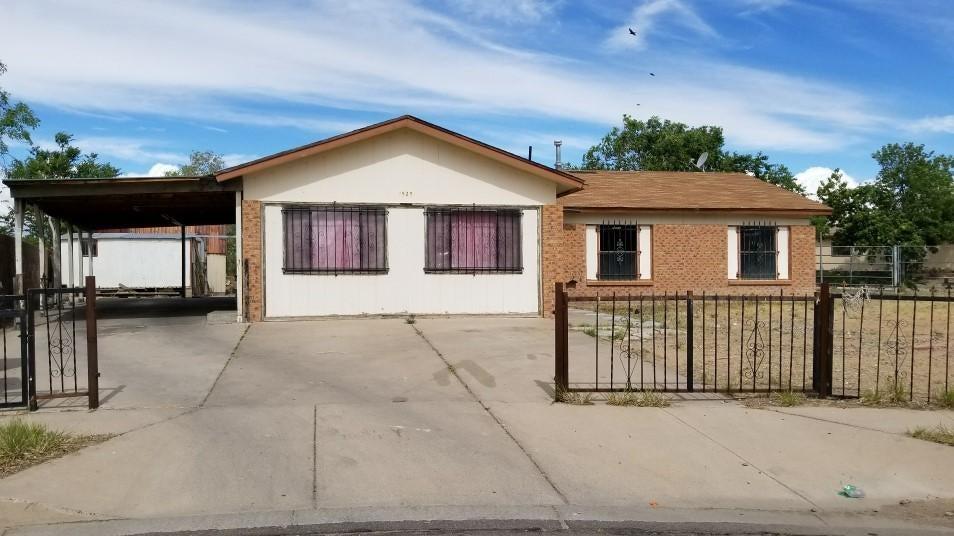 1525 Joanne Court SW, Albuquerque, NM 87121