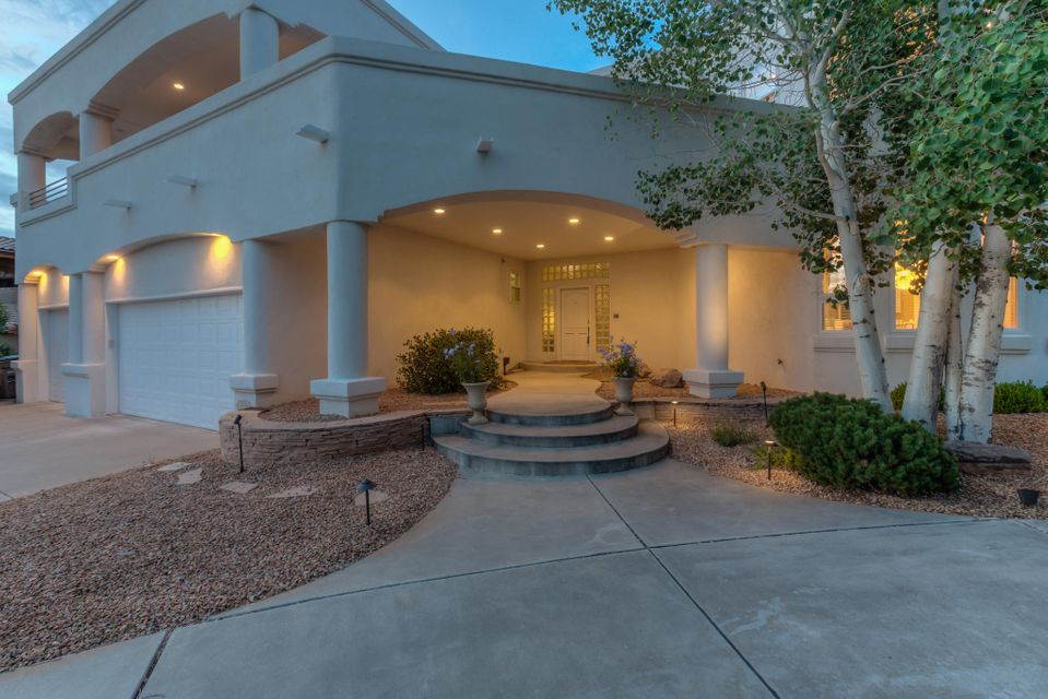 11909 Summerwind Place NE, Albuquerque, NM 87122