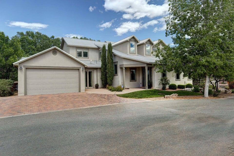 528 Avenida Los Suenos, Bernalillo, NM 87004