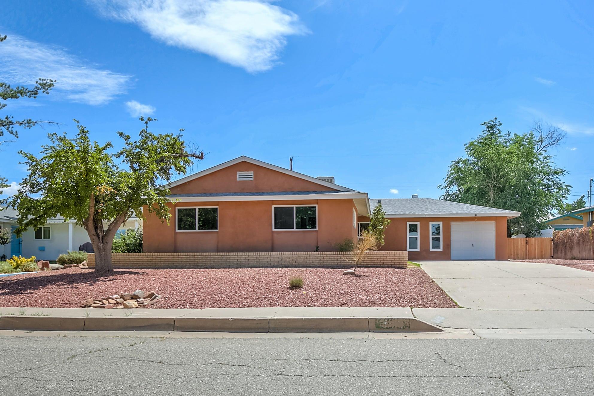 3418 NE Georgia Street NE, Albuquerque, NM 87110