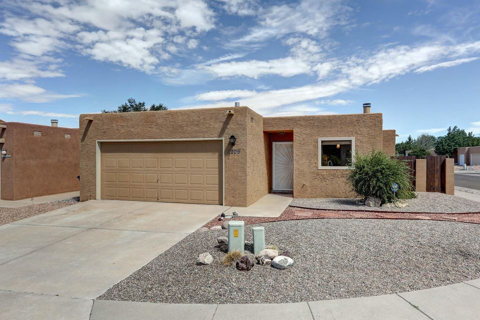 11209 Wales Avenue NE, Albuquerque, NM 87111