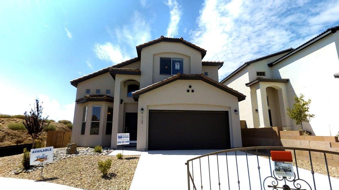 7108 Alicante Avenue SW, Albuquerque, NM 87121