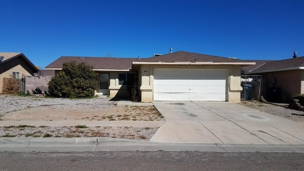 8801 Sunbow Avenue SW, Albuquerque, NM 87121