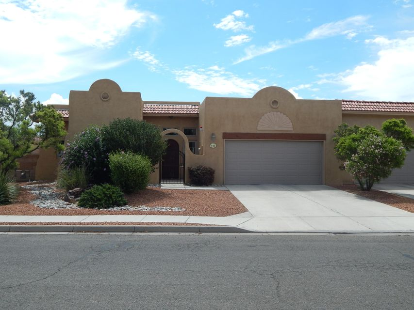 443 Dennis Drive NE, Los Lunas, NM 87031