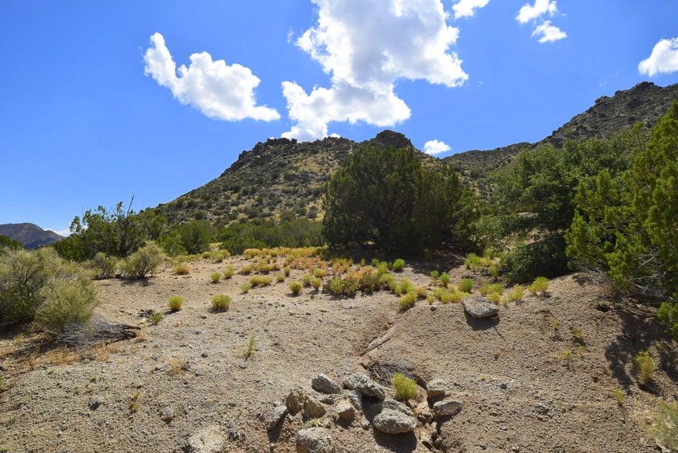 42 Twin Peaks Road SE, Albuquerque, NM 87123