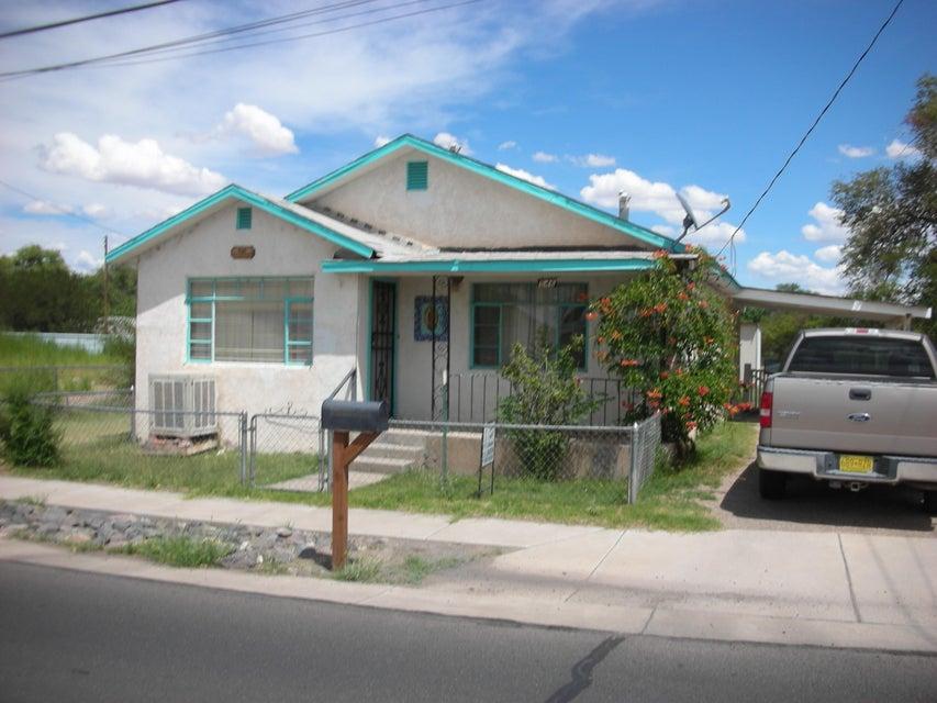 546 SE Los Lentes Road SE, Los Lunas, NM 87031