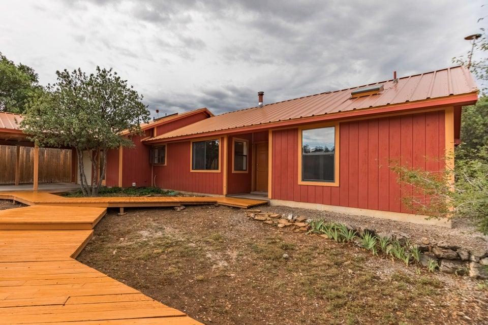 58 Woodland Drive, Tijeras, NM 87059