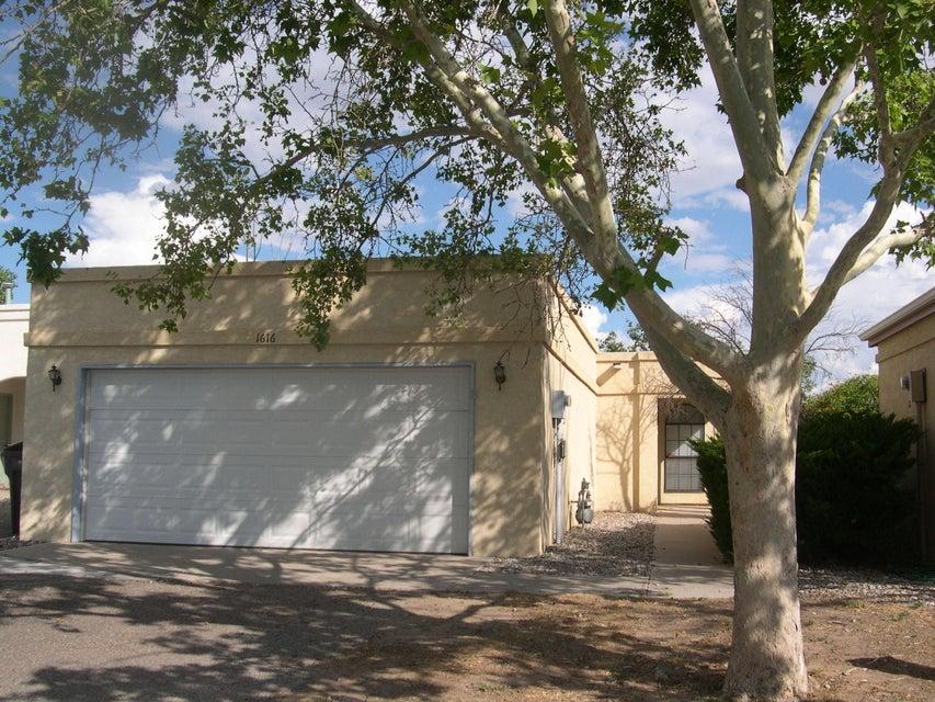 1616 Plum Road NE, Rio Rancho, NM 87144