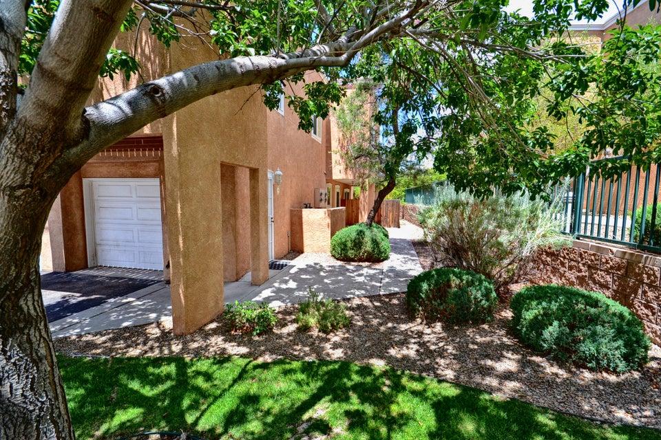 4701 Morris,Albuquerque,New Mexico,United States 87111,3 Bedrooms Bedrooms,3 BathroomsBathrooms,Residential,Morris,898327