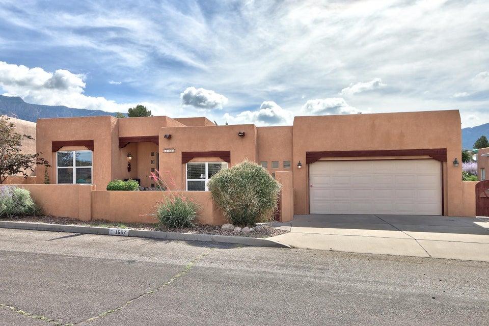 1607 Quailwood Drive NE, Albuquerque, NM 87122