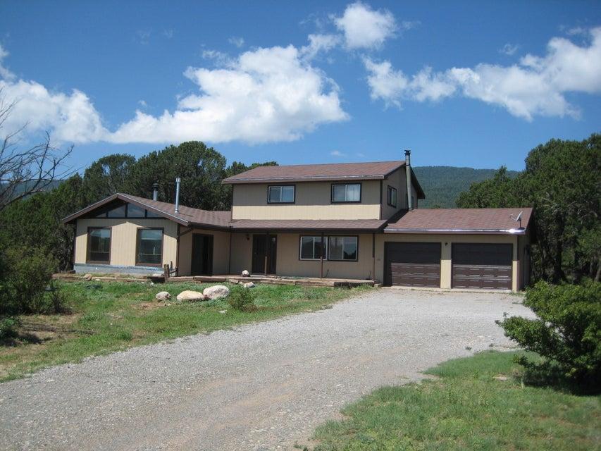 26 Cholla Crest Drive, Cedar Crest, NM 87008