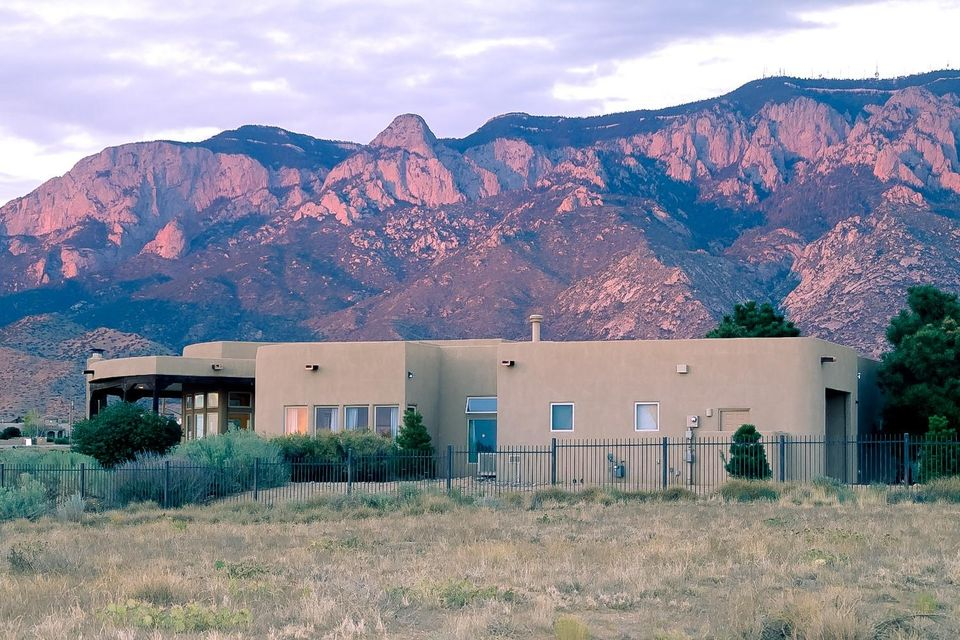 9501 Signal Avenue NE, Albuquerque, NM 87122