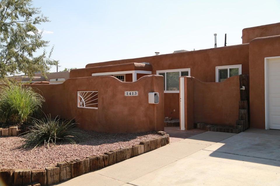 1413 Hoffman Drive NE, Albuquerque, NM 87110