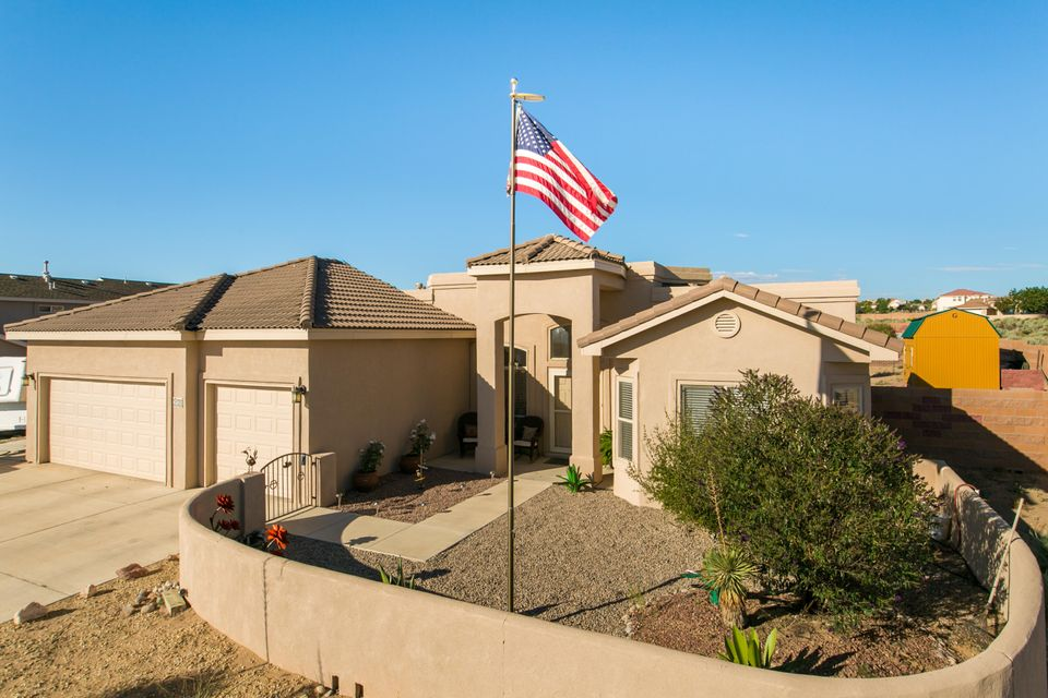 2520 Chessman Drive NE, Rio Rancho, NM 87124
