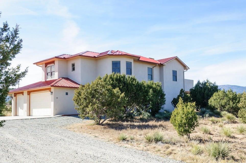 9 Cantar Court, Sandia Park, NM 87047