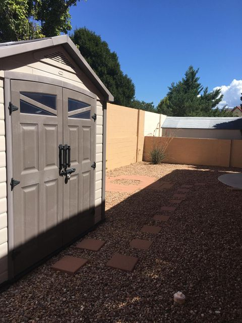 237 Nicklaus Drive SE, Rio Rancho, NM 87124