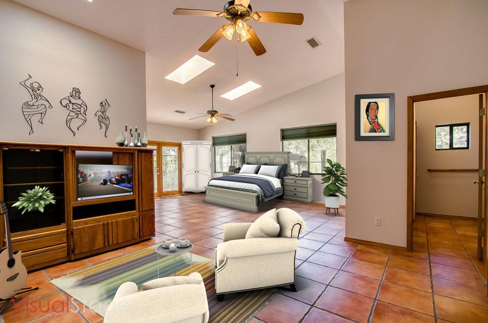 1450 Saunders Road SW, Albuquerque, NM 87105