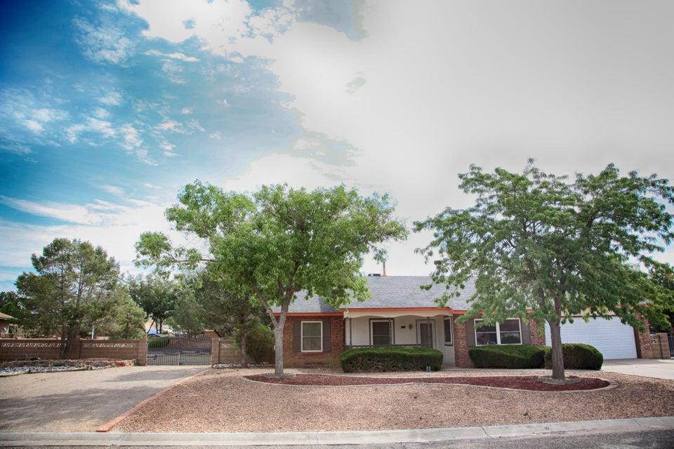 784 Casper Road SE, Rio Rancho, NM 87124