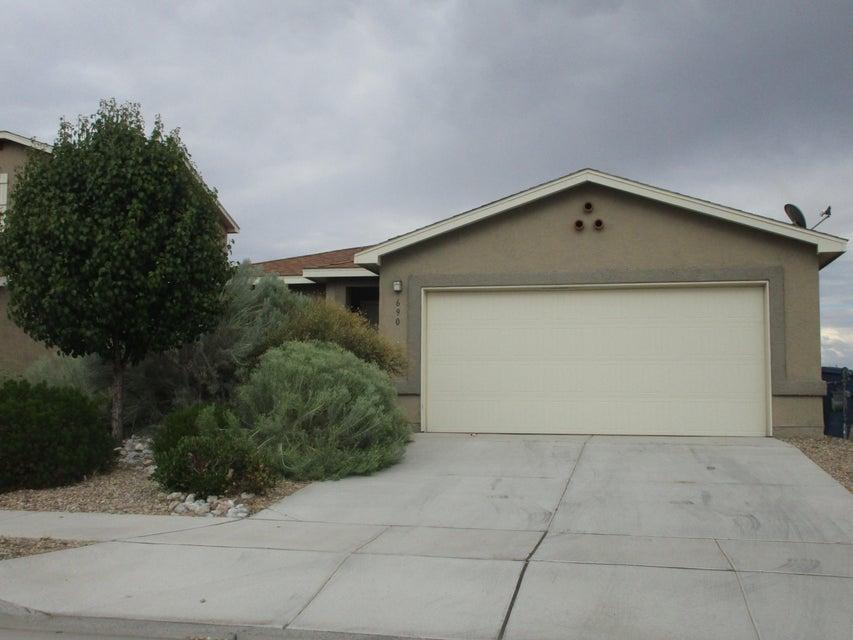 690 Creekside Avenue SW, Los Lunas, NM 87031