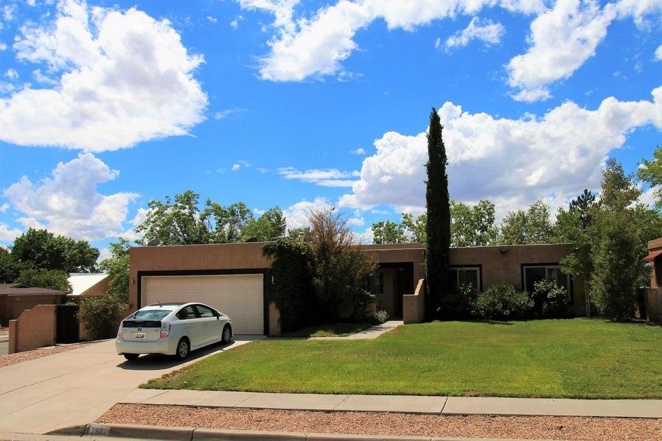 7901 Pilgrim Court NE, Albuquerque, NM 87109