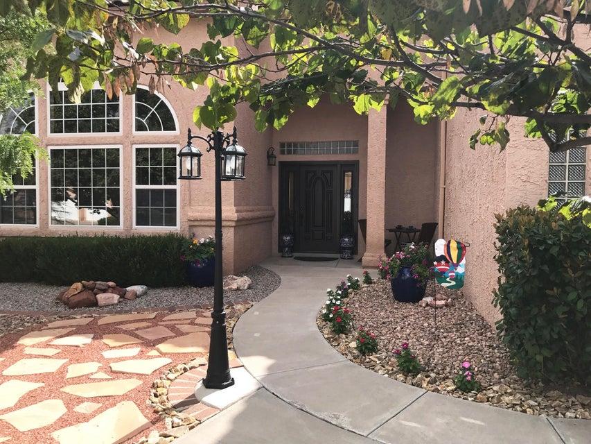 204 Inverness Drive SE, Rio Rancho, NM 87124
