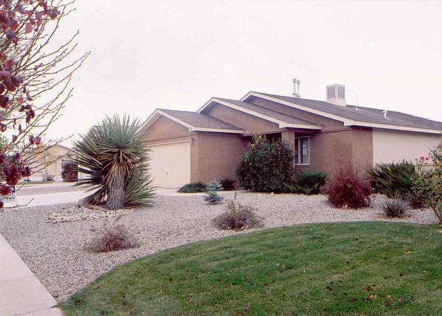 3100 Laurel Meadows Drive NE, Rio Rancho, NM 87144