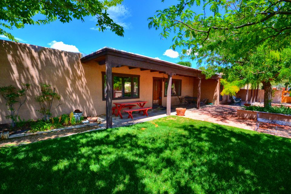 412 Reclining Acres,Corrales,New Mexico,United States 87048,5 Bedrooms Bedrooms,3 BathroomsBathrooms,Residential,Reclining Acres,899676