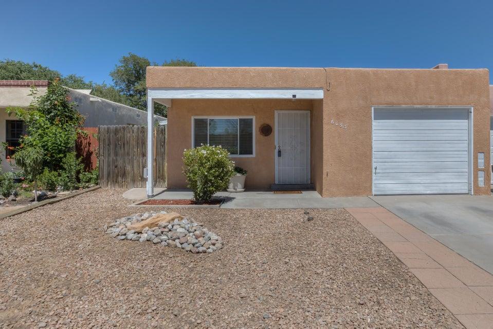 6053 NW Namath Avenue NW, Albuquerque, NM 87120