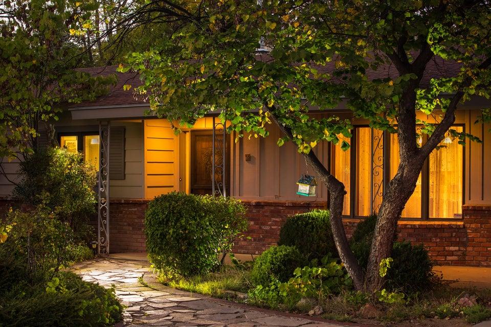 2309 Dietz Farm,Albuquerque,New Mexico,United States 87107,4 Bedrooms Bedrooms,2 BathroomsBathrooms,Residential,Dietz Farm,903666