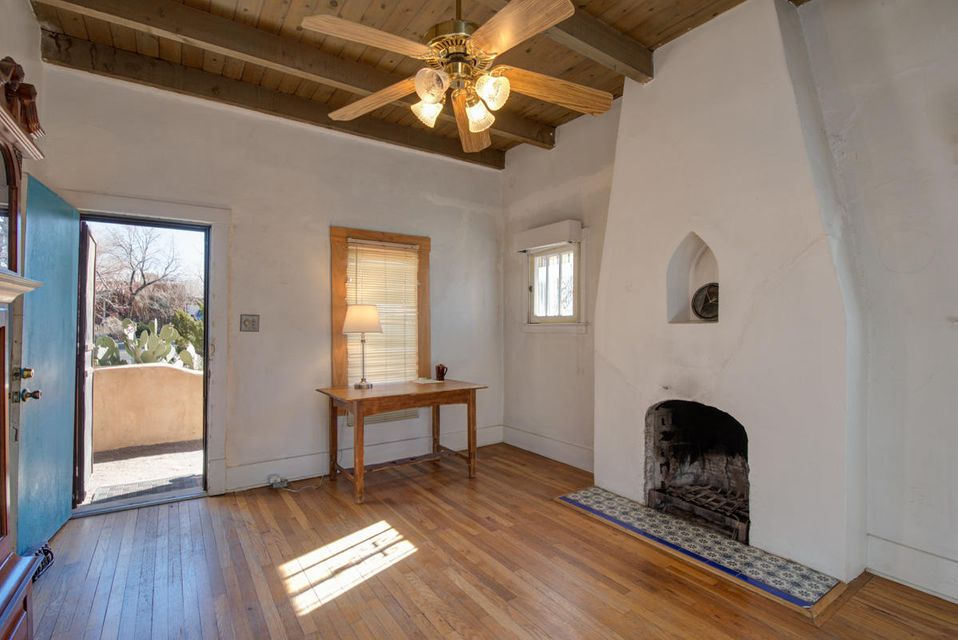 407 Girard,Albuquerque,New Mexico,United States 87106,2 Bedrooms Bedrooms,3 BathroomsBathrooms,Residential,Girard,909939